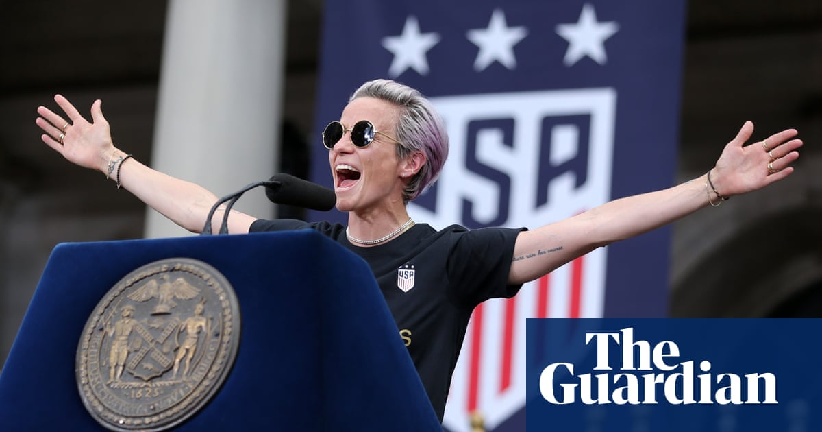 Megan Rapinoe 'not sure she's qualified for office' but vows to fight for equal pay | Football
