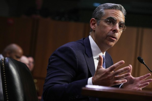 Facebook reportedly hasn't contacted the regulator it says will oversee Libra's privacy and data security – TechCrunch