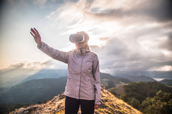 VR/AR startup valuations reach $45 billion (on paper) – TechCrunch